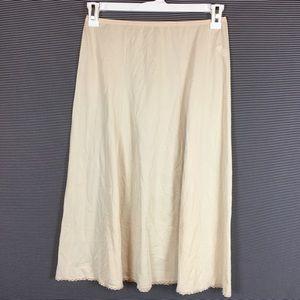 Vintage 70s 80s Vanity Fair Size Small Slip Skirt